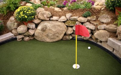 The Benefits of a Backyard Putting Green
