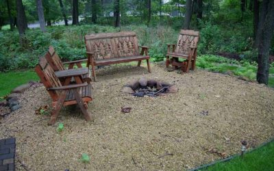 How to use Your Outdoor Living Spaces in the Fall